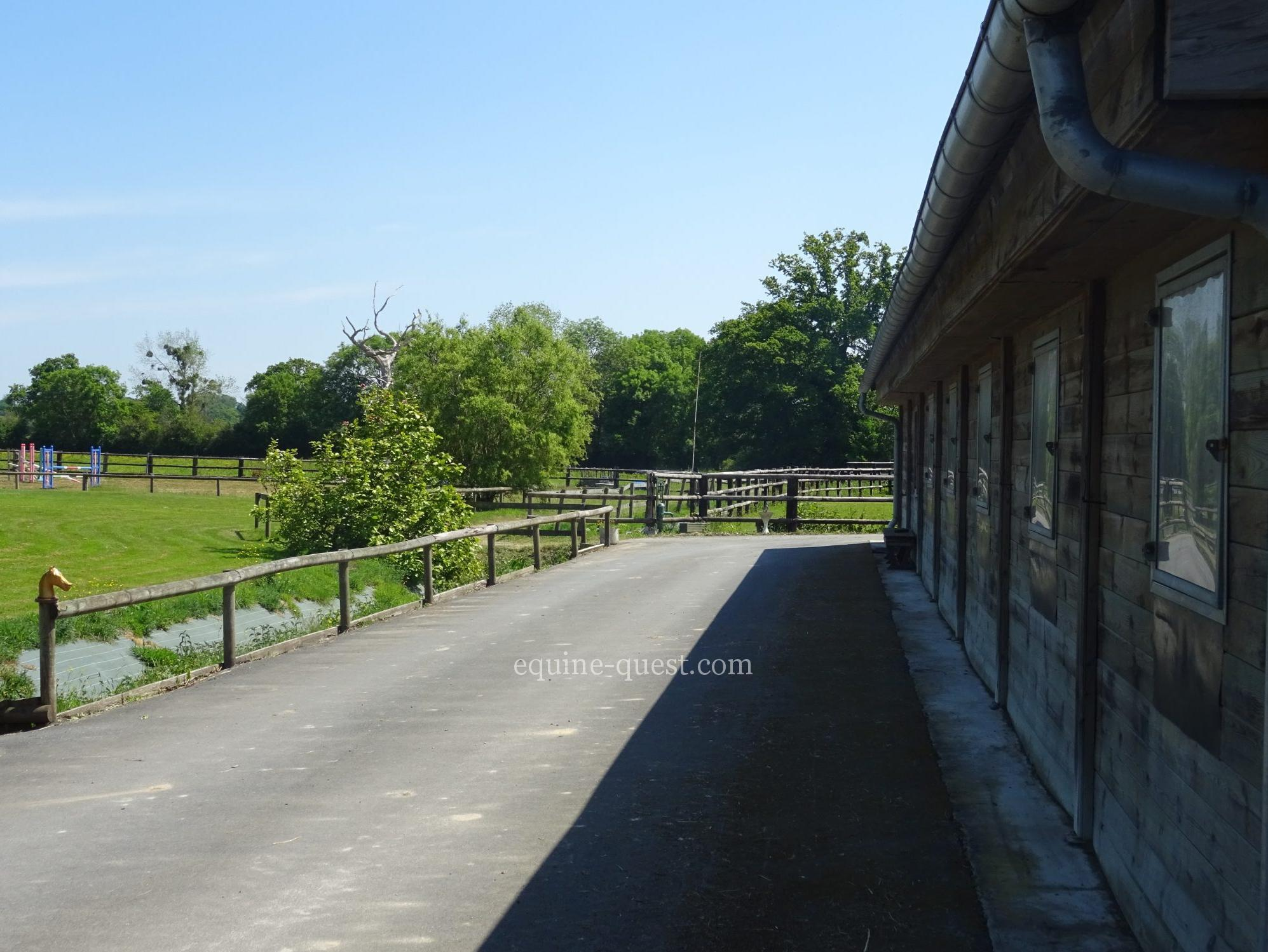 Normandy – Sanit Lo area – Standing property